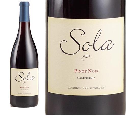 Sola Pinot Noir wine bottle label